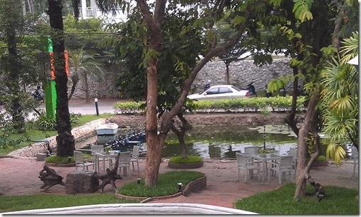 Chom View Hotel - семейный отель в Хуа-Хине